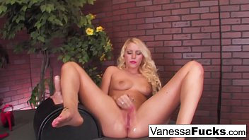 Sexy Vanessa Cage Decides To Go All Out And Takes On The Sybian With Her Tight W