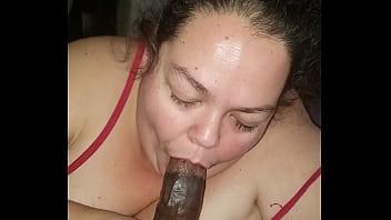 Ssbbw gobbles Dick