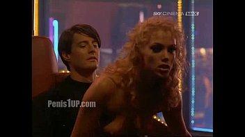 Elizabeth berkley - showgirls (lapdance)