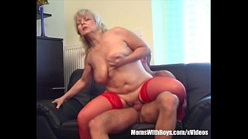 Bra stuffed milfs Blonde horny granny lured the repairman into fucking