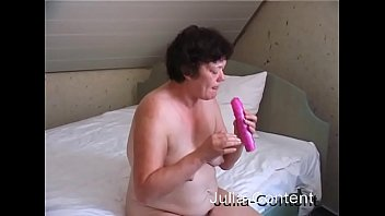 My grandmas cunt - Grandma fuck herself with a dildo
