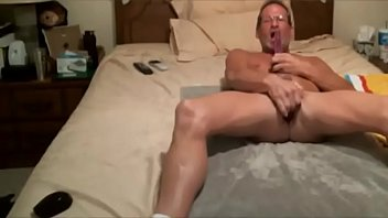 New years gay 69freaky. love pussy want to deep throat some large cock and swallow cum