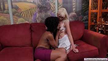 Black babe scissoring with white chick