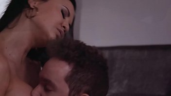 MILF Jasmine Jae fucks with her stepson Van Wylde