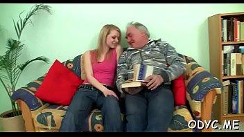 Sex tube jizz hut - Juicy babe bonks old dude