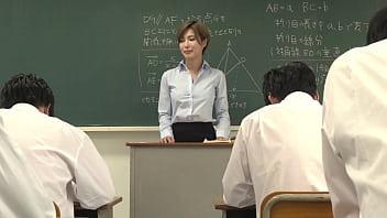 声が出せない絶頂授業で10倍濡れる人妻教師 君島みお