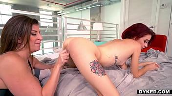 Curious Teen Gets A Lesbian Mature porno izle