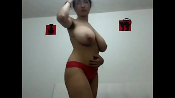Nice Big Tits Webcam Slut Free Show