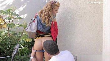 18 yo student striptease