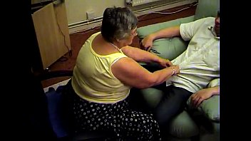 Teen libby pics - Grandma libby from epikgranny.com gives blowjob and footjob