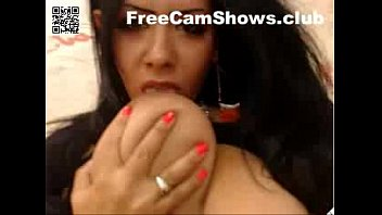 5936 Muslim Arab Webcam Titty Sucking - FreeCamShows.club preview