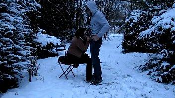 Cedille ou la pipe des neiges entre chiens et loups