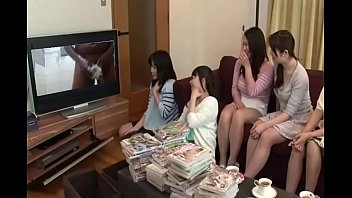 Japan girls watching porn pornos
