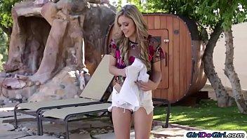 Kali skinny dips in neighbours pool n that make Carter horny