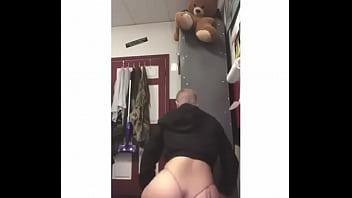 Pretty Latina Making That Ass Bounce