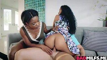Provocative ladies Mya Mays and Jasmyne De Leon banging away