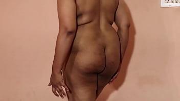 Indian Aunty saree strip