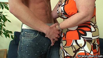 Granny 80 to 90 nude video - 60 years old granny swallows big dick