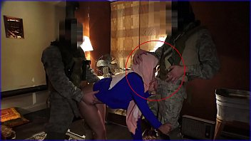 TOUR OF BOOTY - Local Working Arab Girl Entertains Soldiers For Some Easy Money