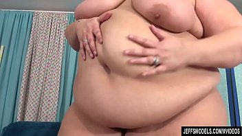 Sexy BBW Erin Green at Jeffs Models thumbnail