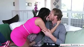 ariella ferrera kiss VLS