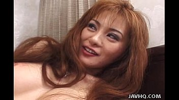 Gosh asian bistro sushi - Asian hottie gives good blowjob and gets facial