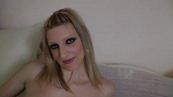 Cintia big blonde slut