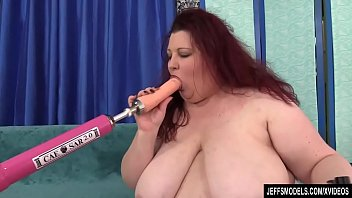 A Fucking Machine Reams Out the Pussy of Fabulous Fat Girl Stazi