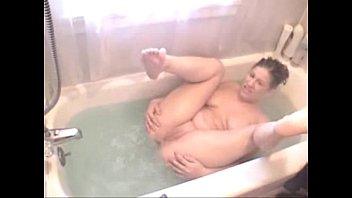 1640836 mandy sexy tub farts