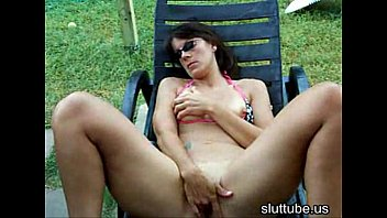 REAL SLUT WIFE PLAYS OUT DOORS Thumb
