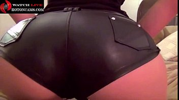 Hot babe in latex with a perfect ass showing off - live on hotoncams.com