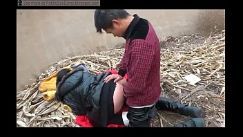 Public fucking blogspot - Chinese couple fucks in public