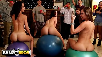 Streaming Video BANGBROS - Jada Stevens, Remy LaCroix & Dillion Harper Dorm Room Orgy - XLXX.video