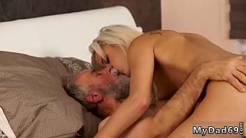 Old man seduces young and housewife xxx Surprise your gf and she will