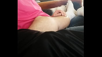 Hand job on couch - 69VClub.Com