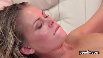 Blow job special Glamorous honey gets her spread cunt entire of warm pee and squirts