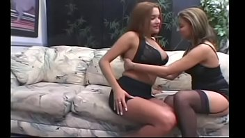 Superb Woman Facesitting Partner In Home Porn Clip