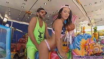 Анал карнавал со зрелыми
