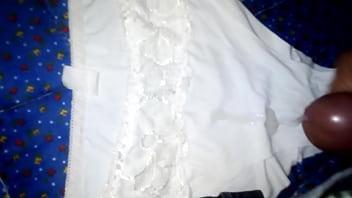 Sobre la ropa interior de mi cuñada 2