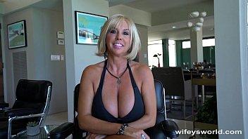 Wifeys big tits - Huge titty milf gets big cum blast facial