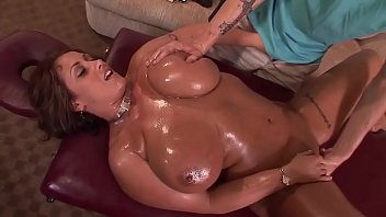 married milf during a massage pulls down the zip and gives a blowjob