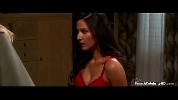 Celebrity accidental nude - Olivia munn in accidentally on purpose 2009-2010 5