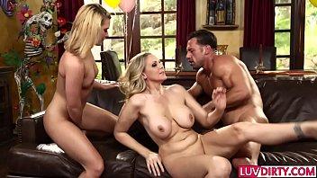 Stunning MILFs Abby Cross and Julia Ann share a dick