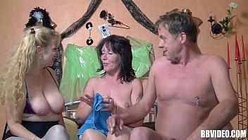 Amy dumas naked picture Stockinged german whore fucked in threesome
