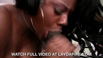 Barbie Banxxx & Byron Long - LaydaPipe.com Image