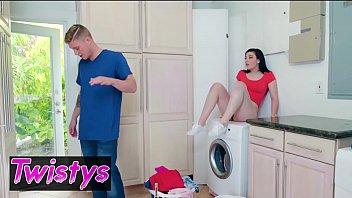 TwistysHard - (Jenna Reid, Oliver Flynn) - Lusty Laundry Day - Twistys