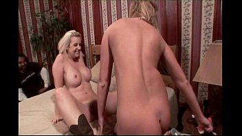 Swinger Wife Turns Lesbian For Hubby Vorschaubild