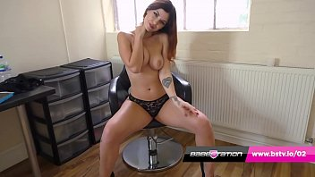 Babestation beauty Aemelia Fox has amazing ass and tits
