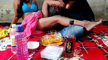 शराबी  भाभी को देवर ने नशे में चोदा