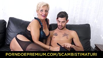 Granny boobs anal - Scambisti maturi - hardcore ass fucking with italian blonde granny shadow